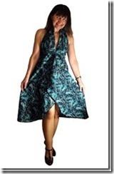 Нарядное летнее платье с завышенной талией и открытой спиной.