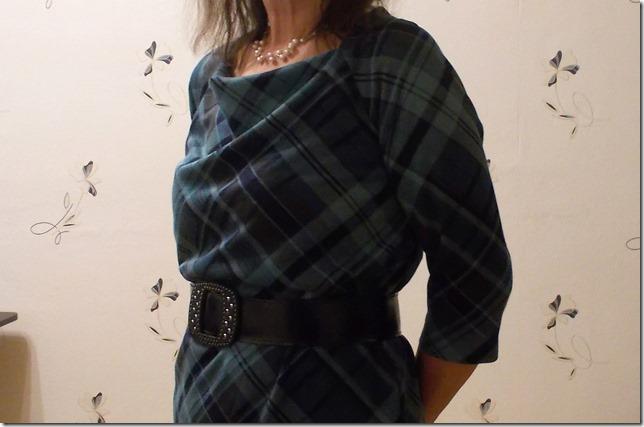 Как научиться шить платье из трикотажа с воротом качели без выкройки