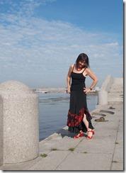 Как научиться шить нарядную длинную юбку с воланами и двумя разрезами по бокам