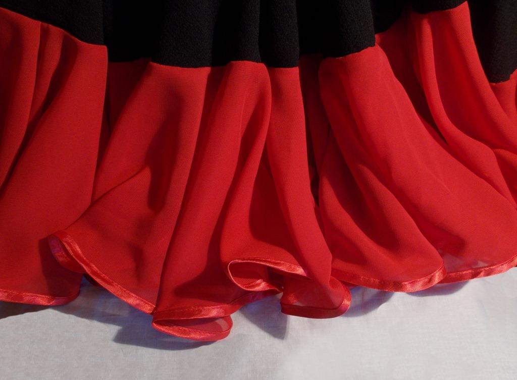 Как и из чего сшить юбку для фламенко