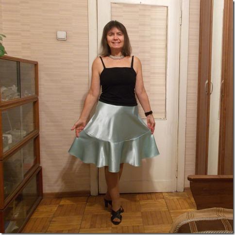 Как научиться шить юбку полусолнце с воланом без выкройки.